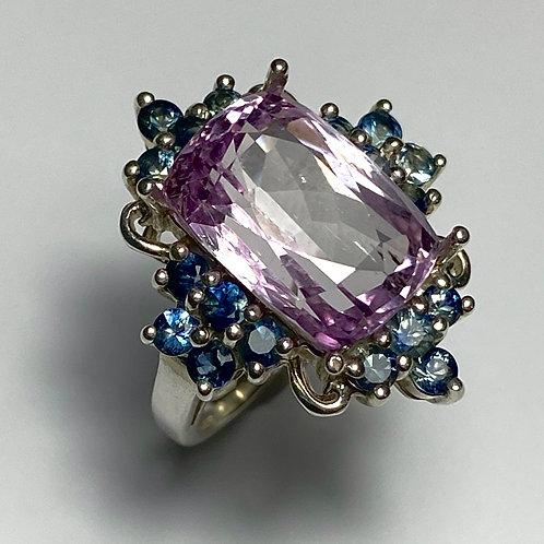 10.25cts Natural vivid pink Kunzite 925 Silver / Gold/ Platinum ring