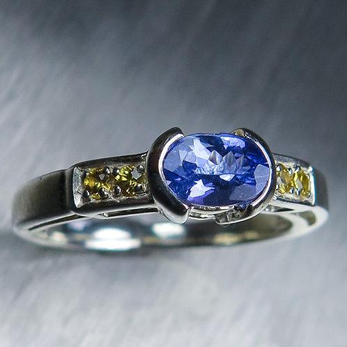 0.75ct Natural Tanzanite 925 Silver / Gold/ Platinum unisex ring