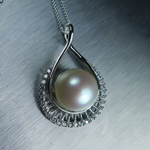 Natural Freshwater pearl cream white 10mm Silver pendant