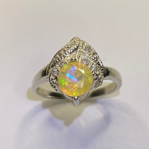 1cts Natural Aurora multi-colour Welo Opal Silver / Gold / Platinum ring