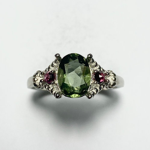 1.15ct Natural Moldavite, forest green 925 Silver / Gold/ Platinum ring