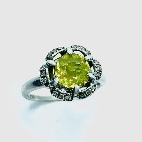 Natural Titanite Sphene 925 Silver ring sz 5.5 (K1/2) to 6 (L1/2)