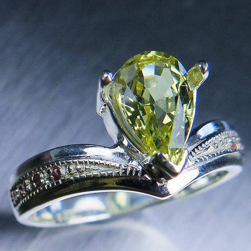 1.80ct Natural Chrysoberyl 925 Silver / Gold/ Platinum ring