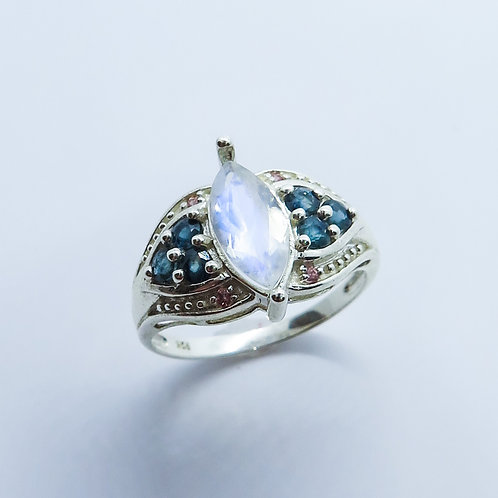 0.85ct Natural Rainbow Moonstone 925 Silver / Gold/ Platinum ring
