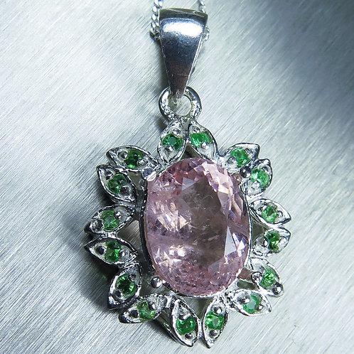 3.15ct Natural pink Morganite Silver / Gold / Platinum pendant on chain