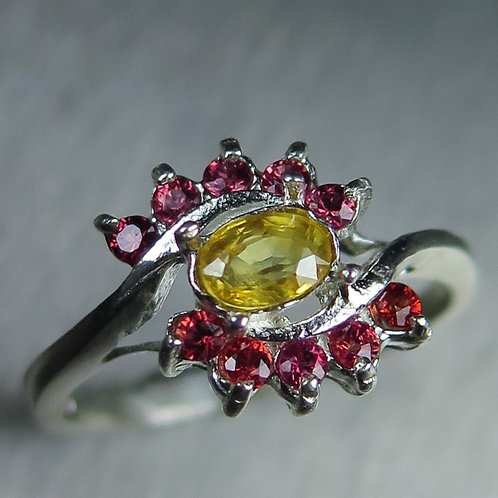 0.4ct Natural Yellow sapphire 925 Silver / Gold/ Platinum ring