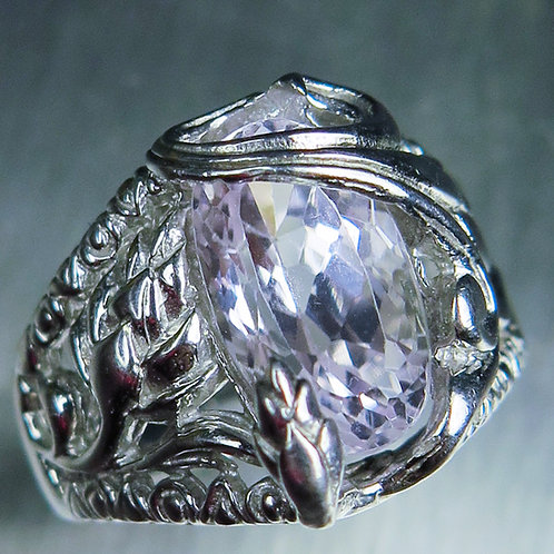 4.2cts Natural Light pink Kunzite 925 Silver / Gold/ Platinum ring