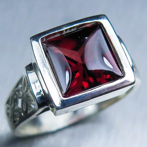 3ct Natural Red Spessartine garnet 925 Silver / Gold/ Platinum ring