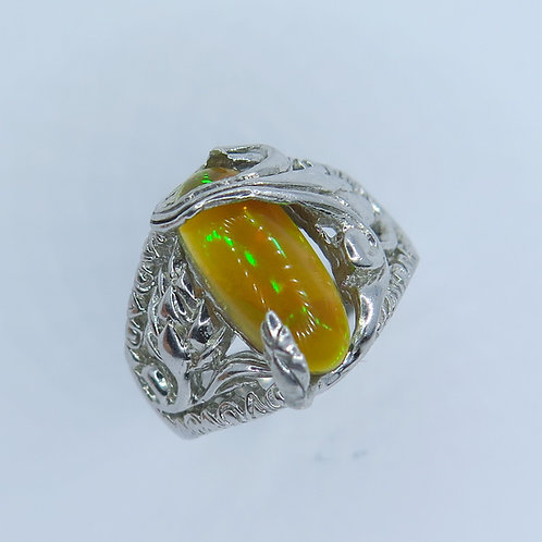 1.85cts Natural multi-colour Welo Opal Silver / Gold / Platinum ring