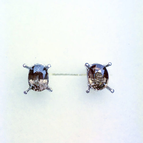 1.8cts Natural Colour change Malaya Garnet Silver /Gold / Platinum stud earrings