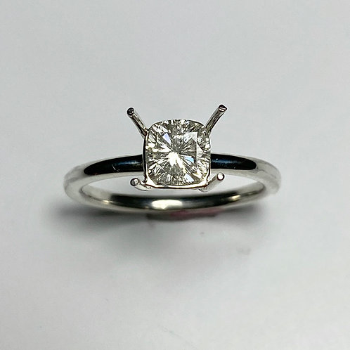 0.7ct Moissanite Lab Diamond  925 Silver / Gold/ Platinum solitaire ring
