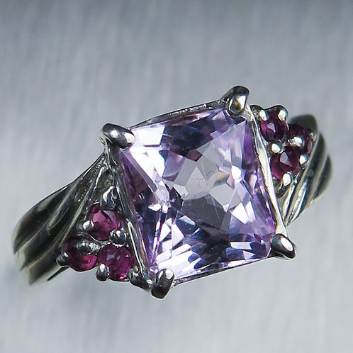 SALE: 2.7ct Natural pink Kunzite Silver ring sz 7.5 or O1/2