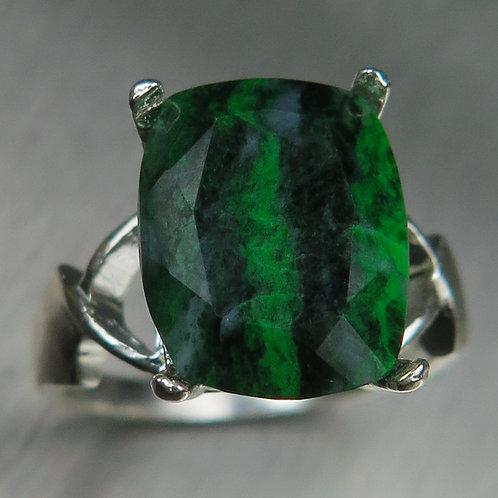 6.5ct Natural Green Maw sit-sit 925 Silver / Gold/ Platinum ring