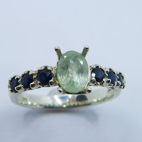 Natural Alexandrite colour change 925 Silver / Gold/Platinum ring