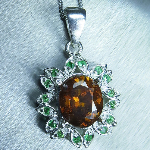 4.05cts Natural Sphalerite Silver / Gold / Platinum pendant on chain