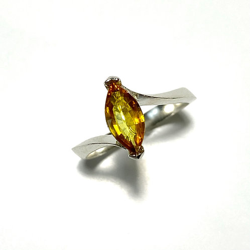 Natural Yellow sapphire 925 Silver / Gold/ Platinum solitaire eng