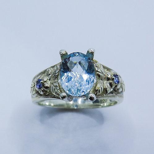 Natural aqua blue Aquamarine Silver/ Gold /Platinum engagement ring
