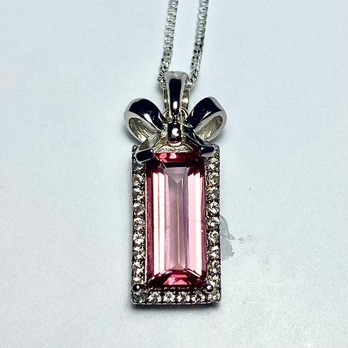 1.9ct Natural Pink Apatite Silver / Gold / Platinum pendant o