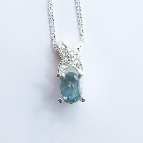 0.55ct Natural colour change Alexandrite 925 silver necklace, pendant