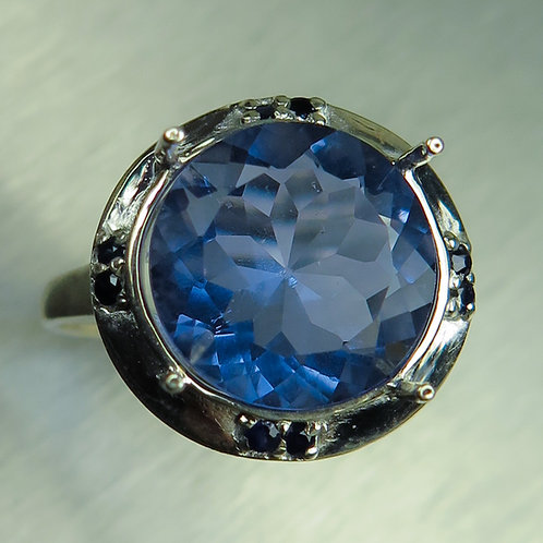 6.4ct Natural colour change fluorite Silver / Gold / Platinum ring