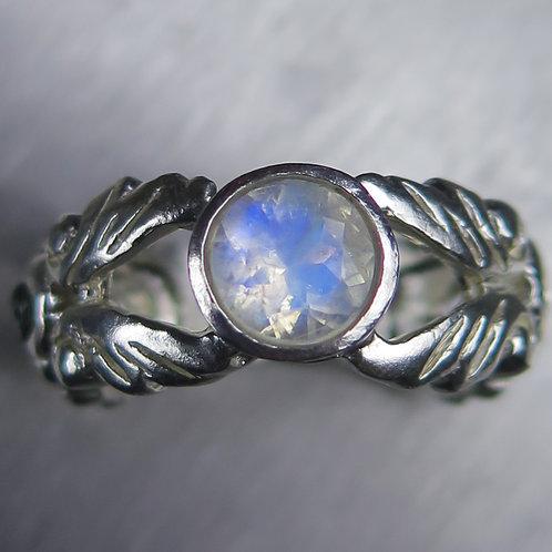 0.75ct Natural Rainbow Moonstone 925 Silver / Gold/ Platinum ring