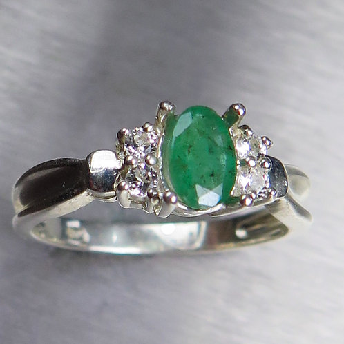 0.55ct Natural Colombian Emerald 925 Silver / Gold/ Platinum ring