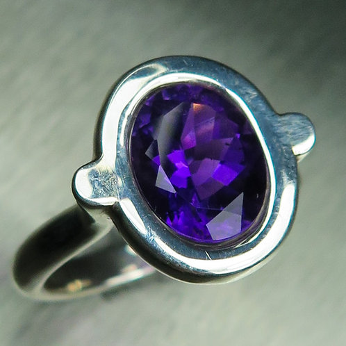 2.55ct Natural Amethyst 925 Silver / Gold/ Platinum