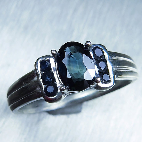 0.6cts Natural royal blue sapphire 925 Silver / Gold/ Platinum ring