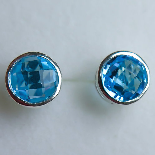 2.95cts Natural Swiss blue Topaz Silver /Gold / Platinum stud earrings