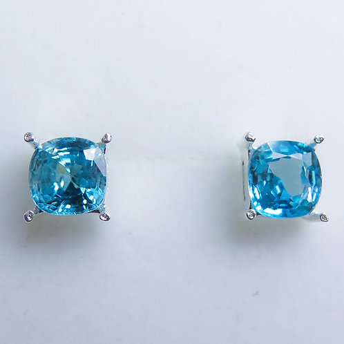 2.4cts Natural Paraiba blue Zircon Silver /Gold stud earrings