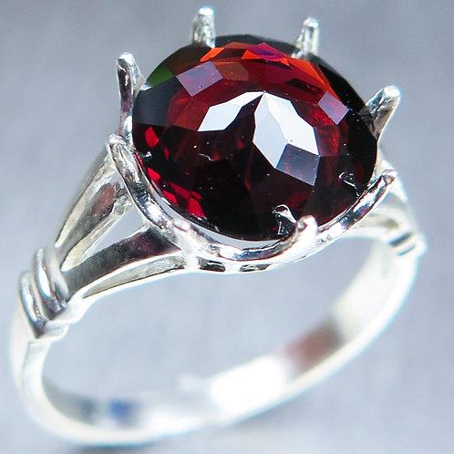 3.8ct Natural red Pyrope Garnet 925 Silver / Gold/ Platinum ring