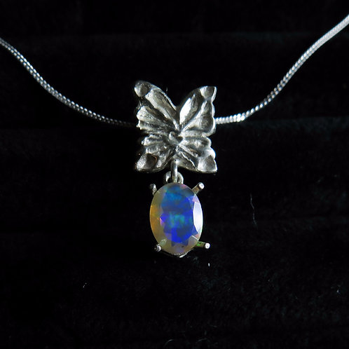 0.70cts Natural Welo Rainbow Opal 925 Silver  butterfly