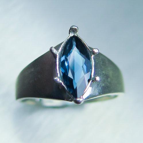 Natural Blue Indicolite tourmaline 925 Silver / Gold/ Platinum ri