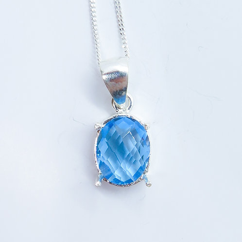 2.85ct Natural Swiss Blue Topaz Silver / Gold / Platinum pendant