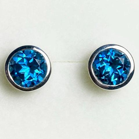 3.1ct Natural London Blue Topaz Silver /Gold / Platinum stud earrings