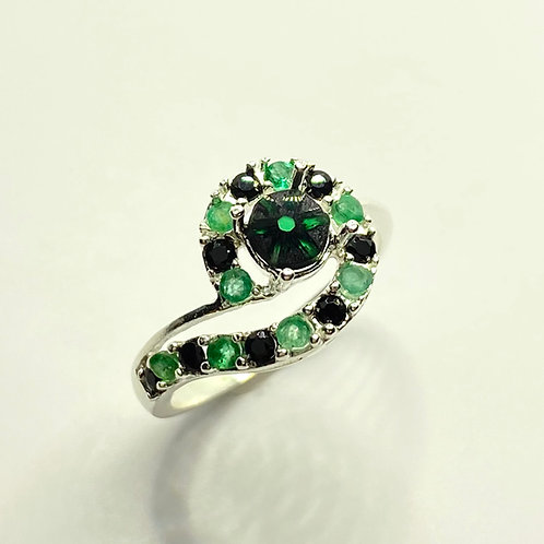 0.4cts Natural Green trapiche emerald 925 Silver / Gold/ Platinum ring