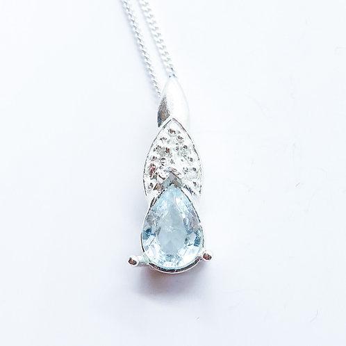 Natural paraiba blue Tourmaline Silver / Gold / Platinum pendant