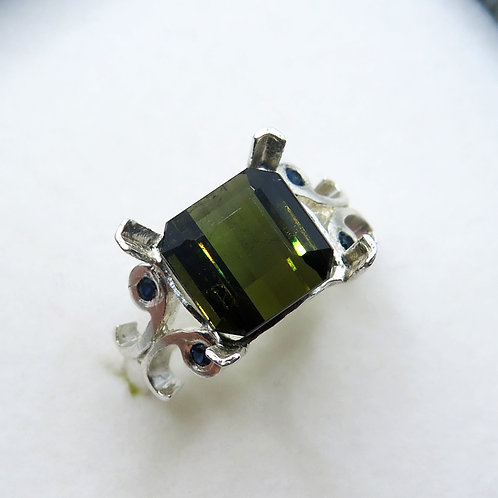 4.6cts Natural Tourmaline 925 Silver / Gold/ Platinum ring