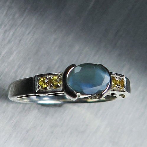 0.95ct Natural Alexandrite Colour Change 925 Silver / Gold/ Platinum ring