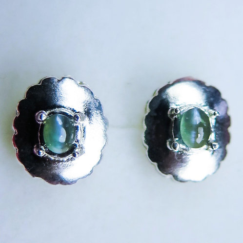 0.65cts Natural Alexandrite colour change Silver/ Gold/Platinum stud earrings