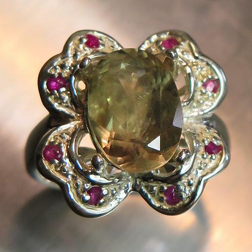 3.20cts Natural colour change Diaspore 925 Silver / Gold/ Platinum ring