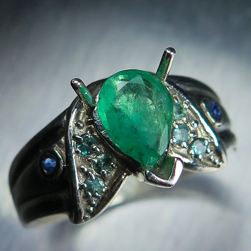 0.70cts Natural green Colombian Emerald 925 Silver / Gold/ Platinum ring
