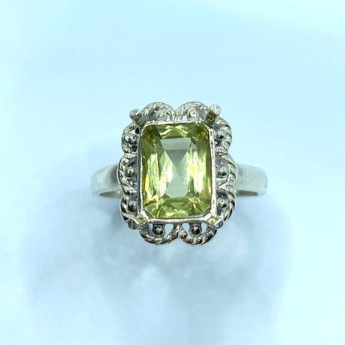 2.15cts Natural Golden yellow Apatite 925 Silver/ Gold/ Platinum ring