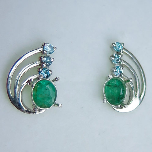 Natural Emerald Silver /Gold / Platinum stud earrings