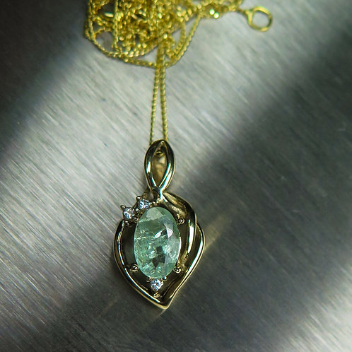 Natural colour change Alexandrite Silver / Gold / Platinum pendant