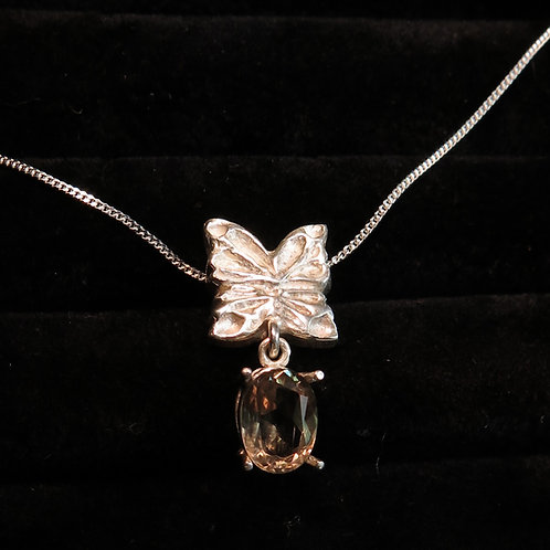 1.60cts Natural Colour Change Diaspore 925 sterling silver butterfly pendant