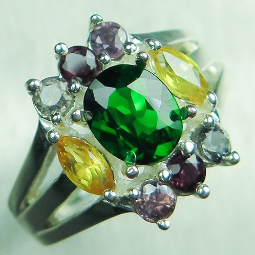 1.35cts Natural vivid green Chrome Diopside 925 Silver / Gold/ Platinum ring