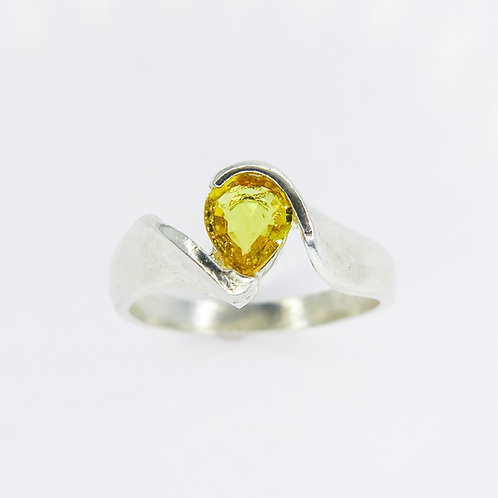 Natural Yellow sapphire 925 Silver / Gold/ Platinum solitaire engagement ring