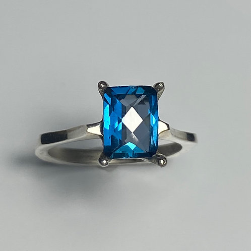 1.8ct Natural London Blue Topaz 925 Silver / Gold/ Platinum solitaire ring