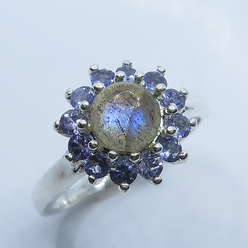 Natural Rainbow Moonstone 925 Silver / Gold/ Platinum engagement ring